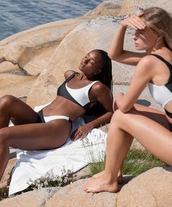 2Tone bikini-crop-topp HKM x NA-KD, Hvit