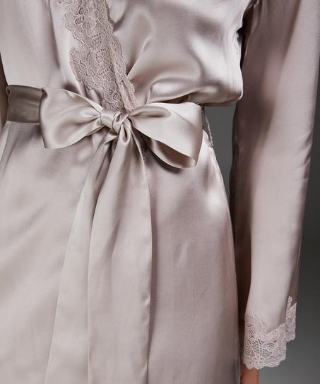 Silkekimono med blonder, Rosa