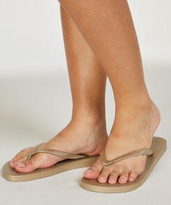 Fancy flip-flops, Gul